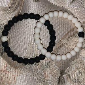 Black and White Lokai